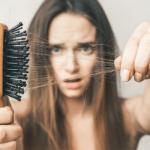 Giảm rụng tóc do rối loạn nội tiết tố thời kỳ tiền mãn kinh